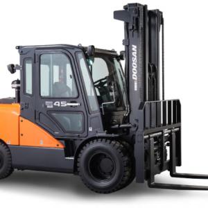 Doosan Pneumatic 8,000 - 12,000 lbs